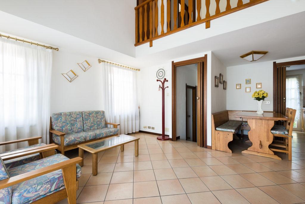 Villa bifamiliare a 400 metri dal mare di Lignano Pineta | Agenzia ...